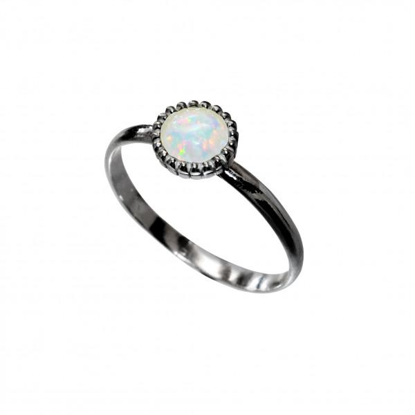 Opal Ring Black