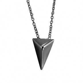 Plain Triangle Necklace Black